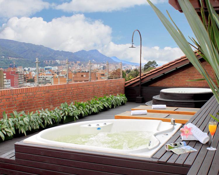 Jacuzzi Hotel ESTELAR La Fontana Bogotá